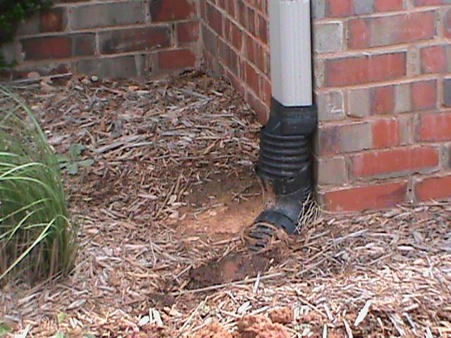 gutter drain connection